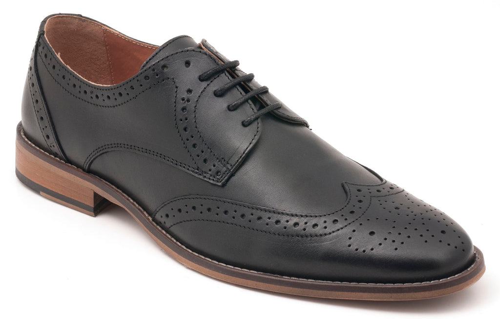 Five-Eye Wingtip Black Leather