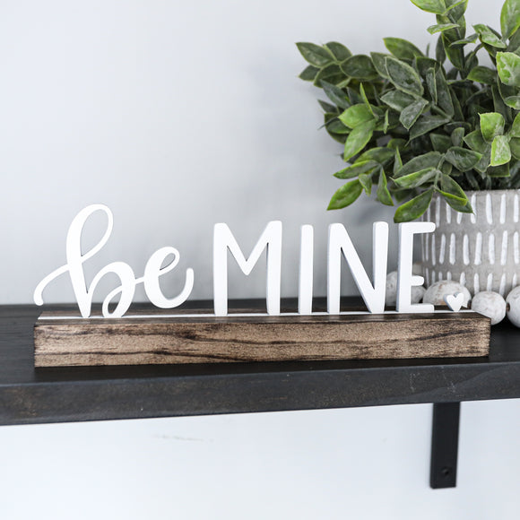 3D BE MINE Valentine Shelf Sitter