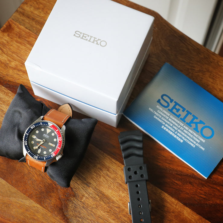 Seiko SKX007J with Dark Pepsi bezel
