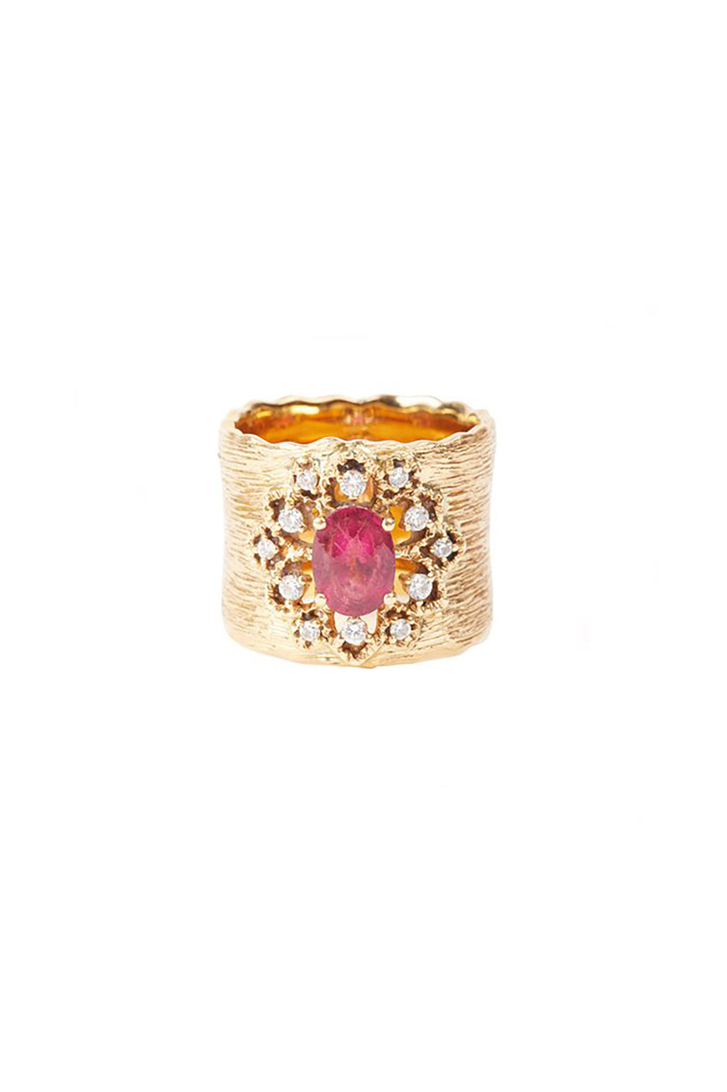 Floral Detail Gold Ring