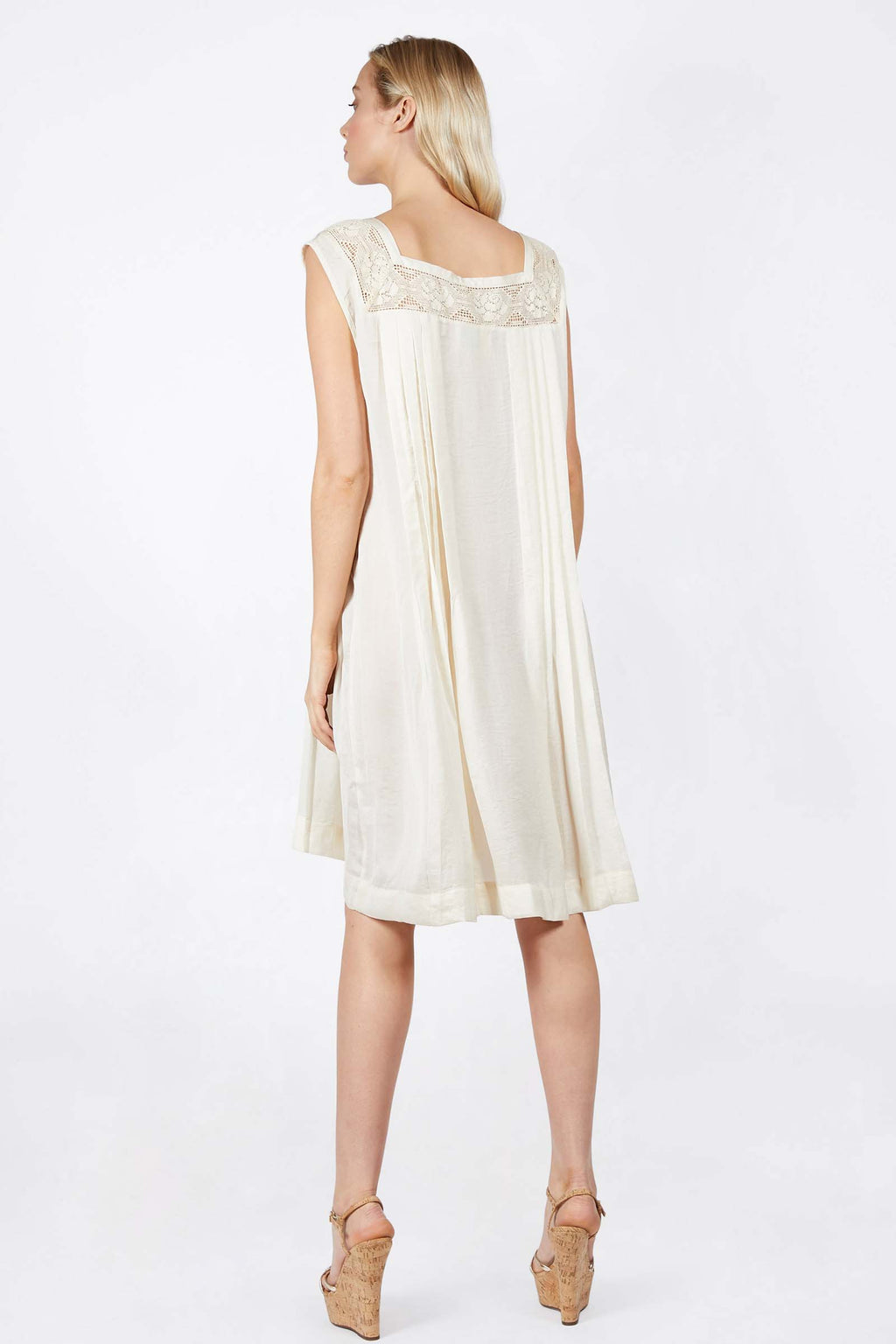 Relaxed Pleat Summer Dress