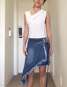 Chic Buckle Denim Skirt