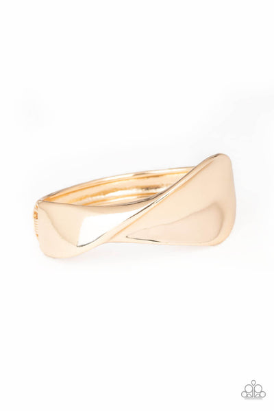 Paparazzi Retro Reflections - Gold Bracelet - Princess Glam Shop