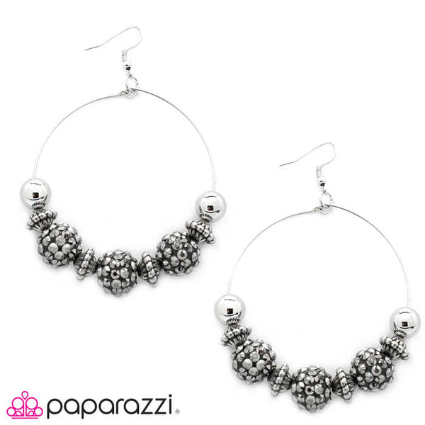 Paparazzi I Can Take a Compliment (Silver) Earrings - Princess Glam Shop
