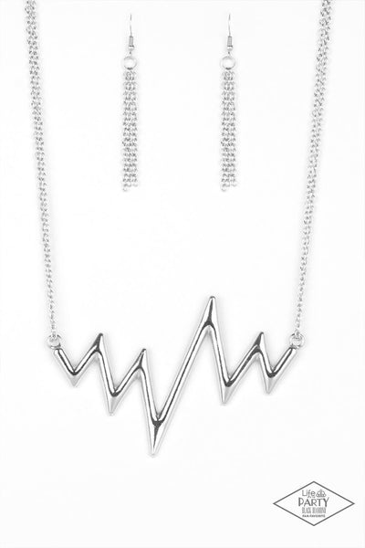 Paparazzi In A Heartbeat - Silver Zigzag Necklace Set - Princess Glam Shop