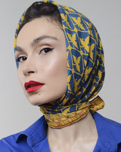 Load image into Gallery viewer, Silk scarf - Ban