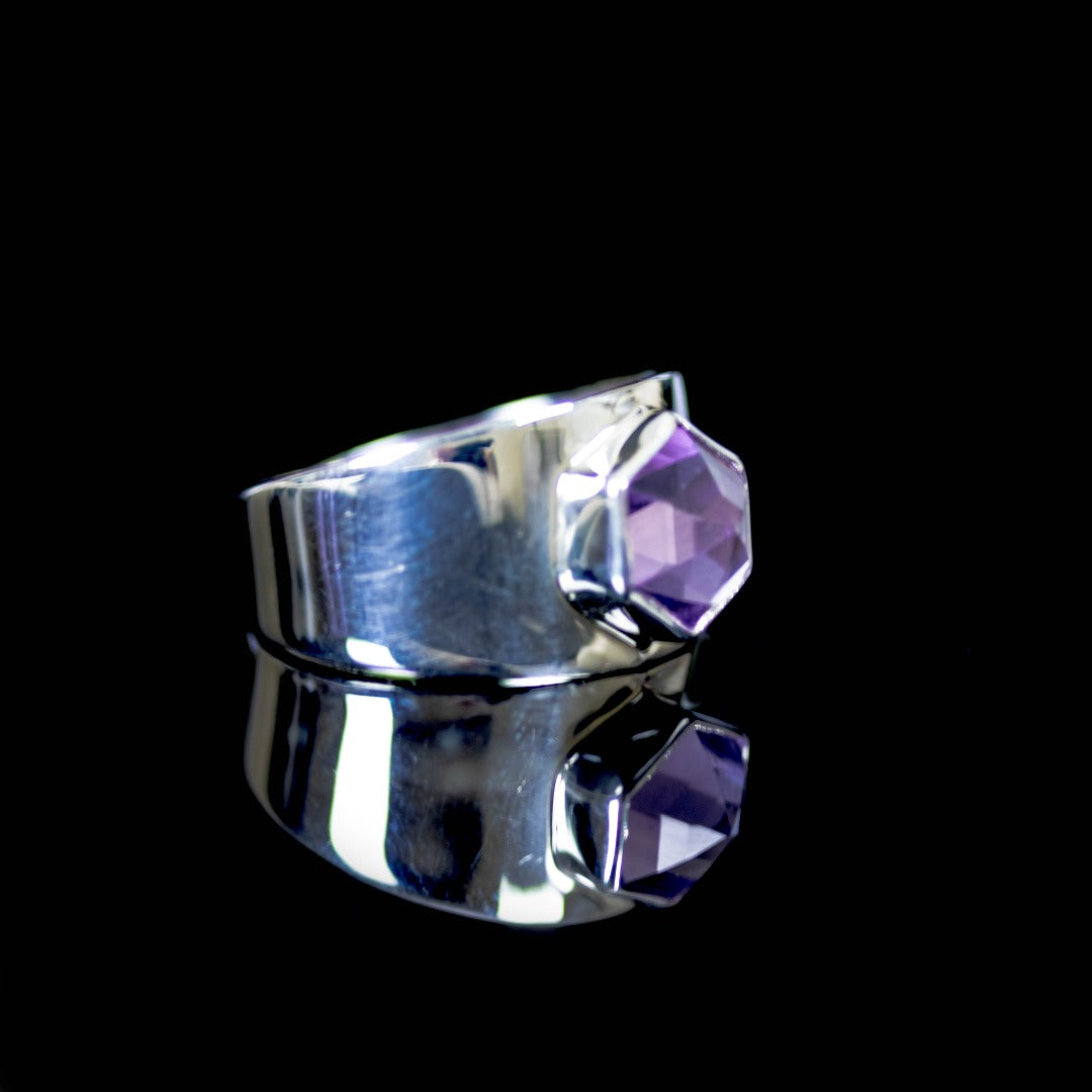 Lavender Amethyst Hexagon Sterling Silver Ring ( 607943)