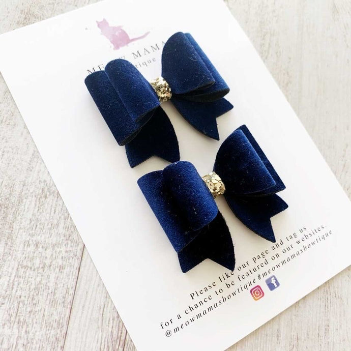Navy Pigtail Bow (Set of two) by Meow Mamas