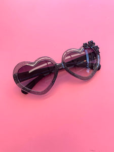 Love Heart Sunnies - Black