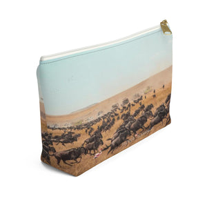 'The Wildebeest Stampede' Mens Grooming Pouch