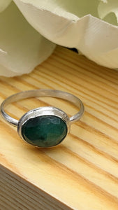 Natural Emerald and Silver Ring Size 8