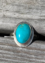 Load image into Gallery viewer, Kingman Turquoise and Silver Ring Size 8 1/2
