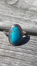 Load image into Gallery viewer, Kingman Turquoise and Silver Ring Size 9 1/2