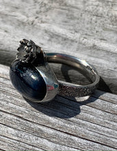 Load image into Gallery viewer, Kyanite and sterling silver ring size 7
