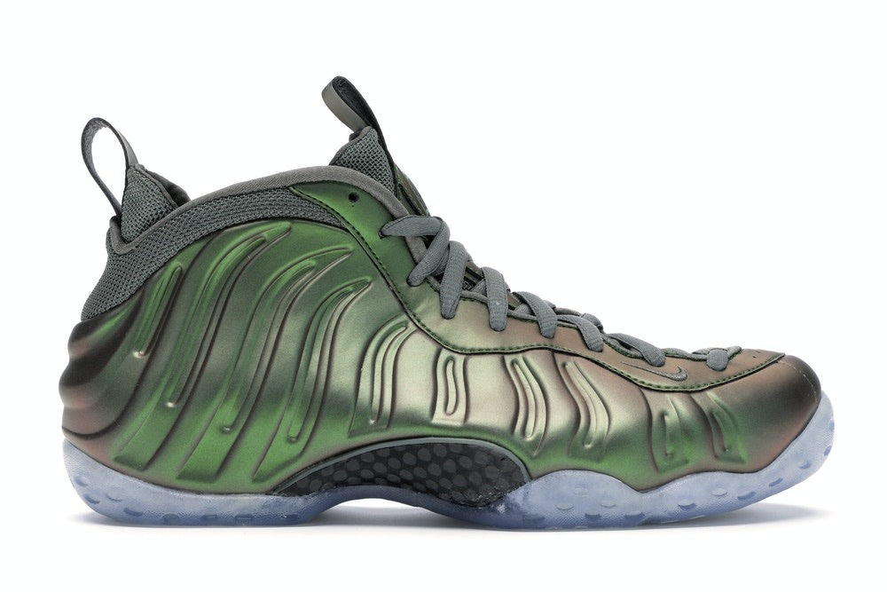 Nike Air Foamposite One 'Iridescent Green' W