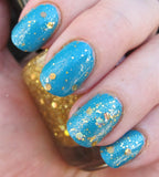Fistful of Latinum Nail Polish - holographic gold top coat - fanchromaticnails