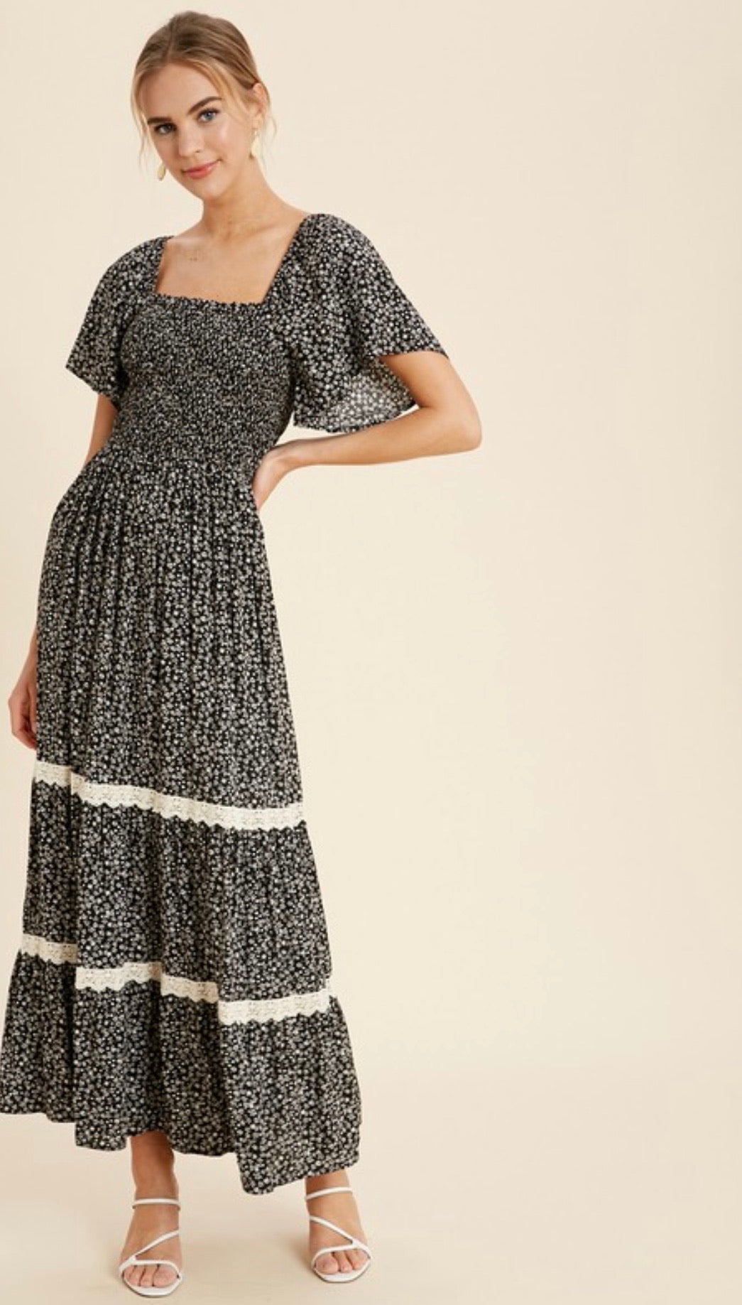 The When in Rome Dress in black and Ivory