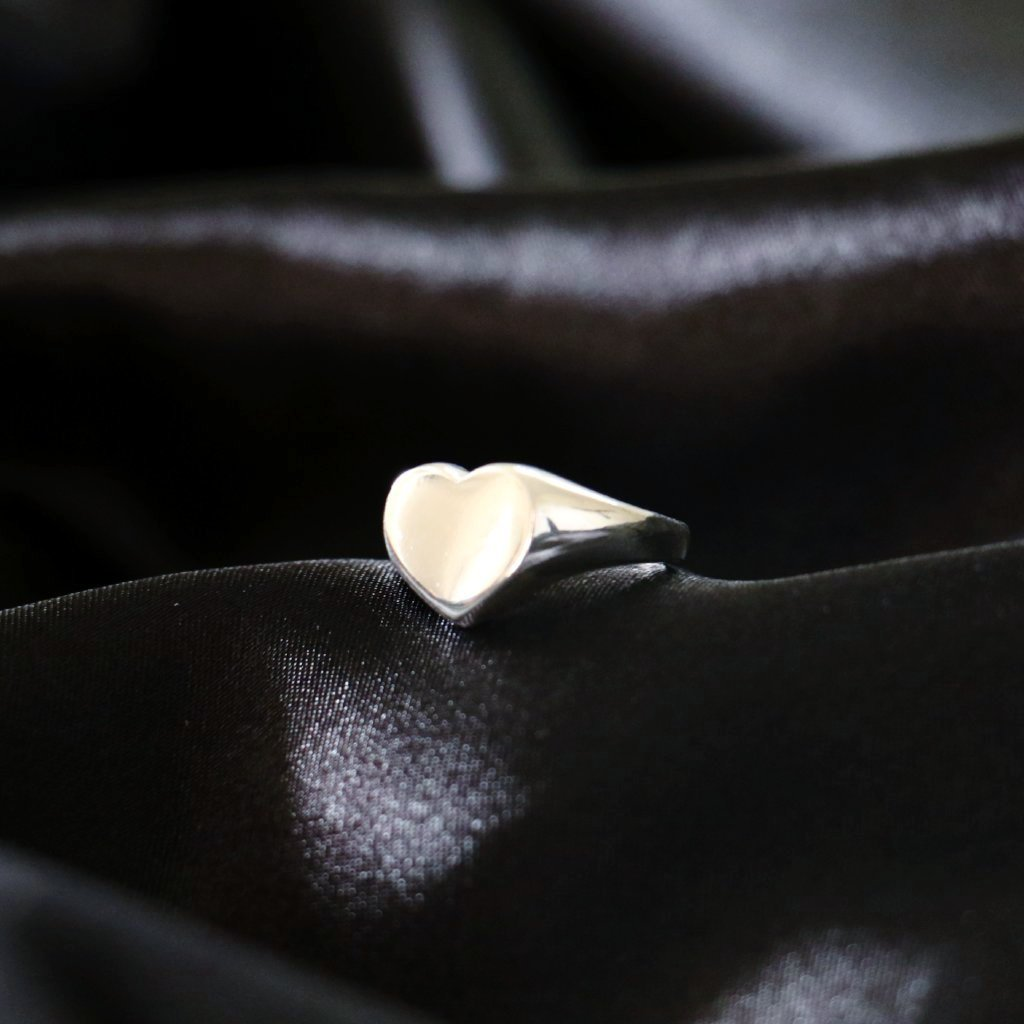 Lover Signet Ring