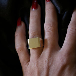 Box Signet Ring