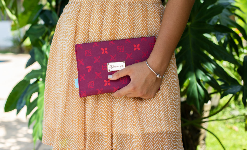 Koko Pacific Envelope Clutch - Cherry Red