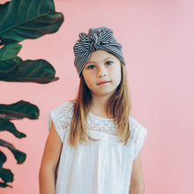 Laden Sie das Bild in den Galerie-Viewer, Tiny Turban Headwrap black&white