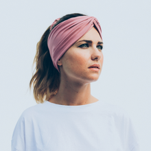 Laden Sie das Bild in den Galerie-Viewer, Tiny Twist Headband rose pink