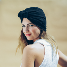 Laden Sie das Bild in den Galerie-Viewer, Tiny Turban Headwrap black