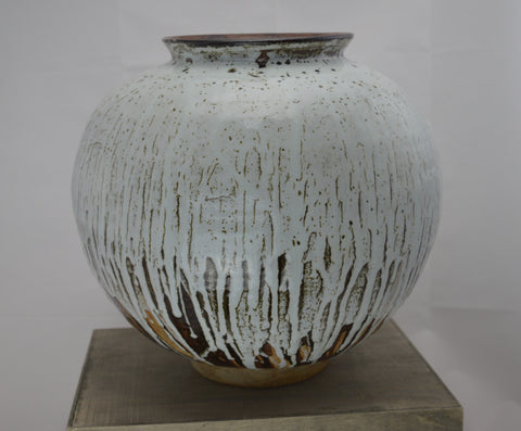 White & Tenmoku Moon Jar (Large)
