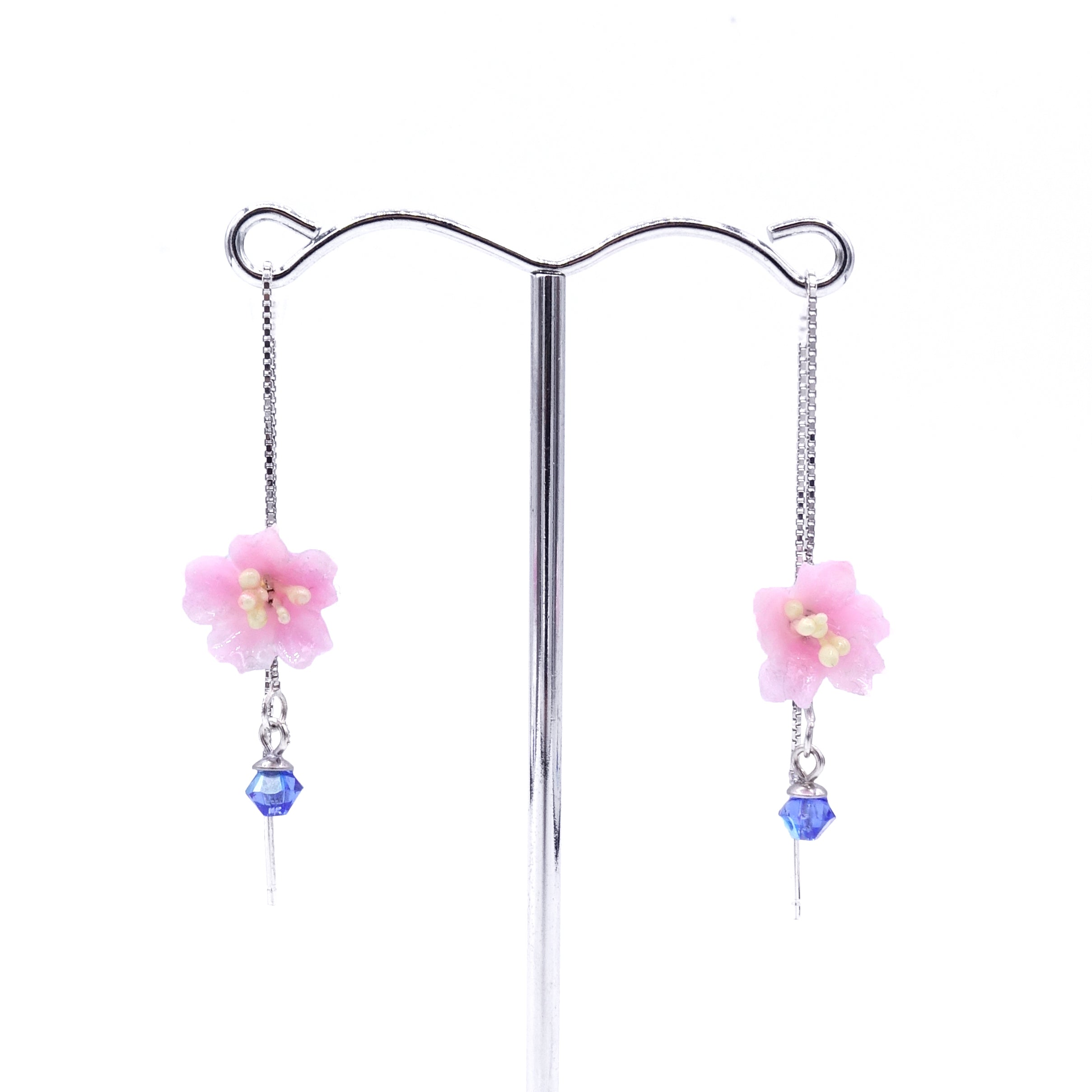 SAKURA COLLECTION Night-Sakura Floral Ear Chains