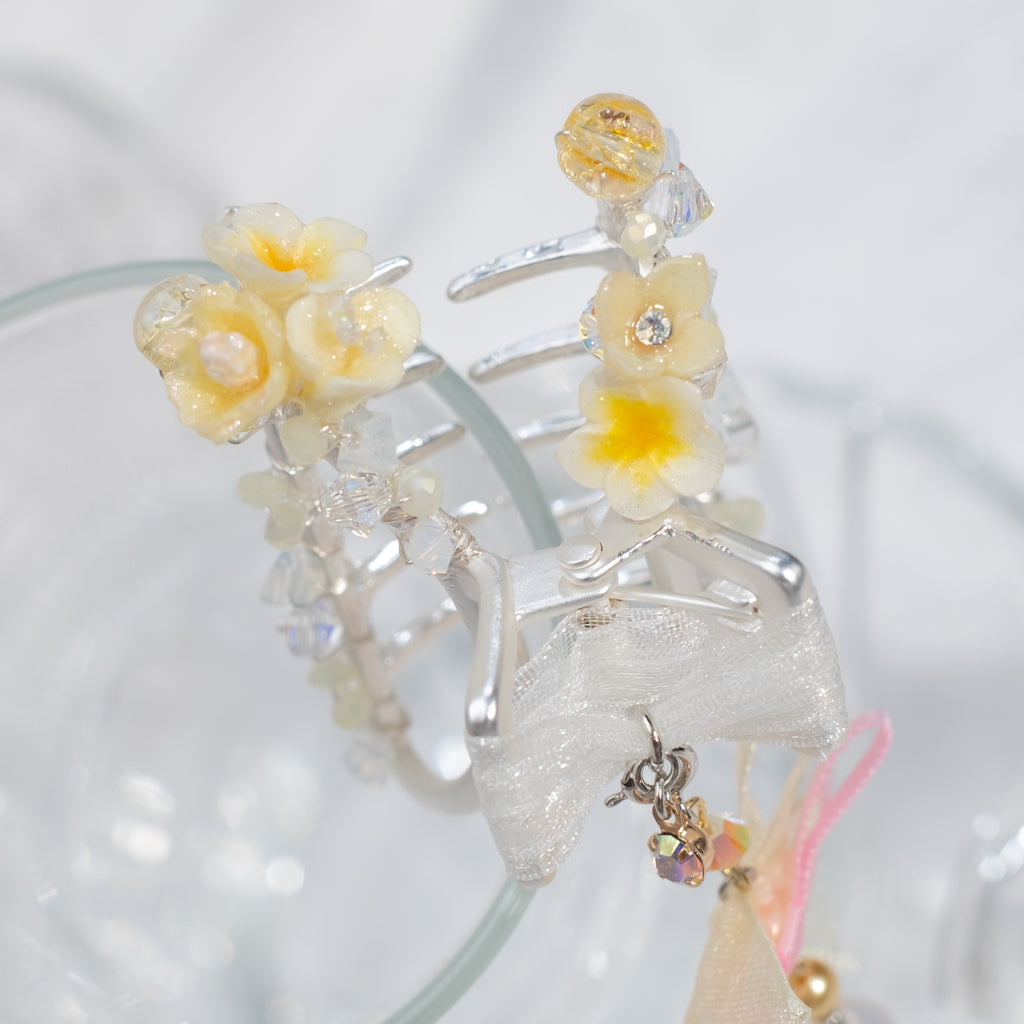 ⑥ Floral Claw Clip with Detachable Pendant (6 Designs)