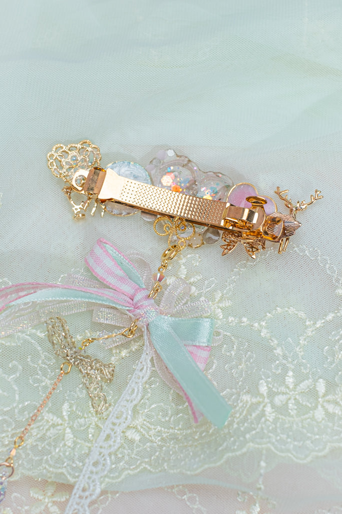Merry-go-round Resin Carrie Clip (with Detachable Pendant)