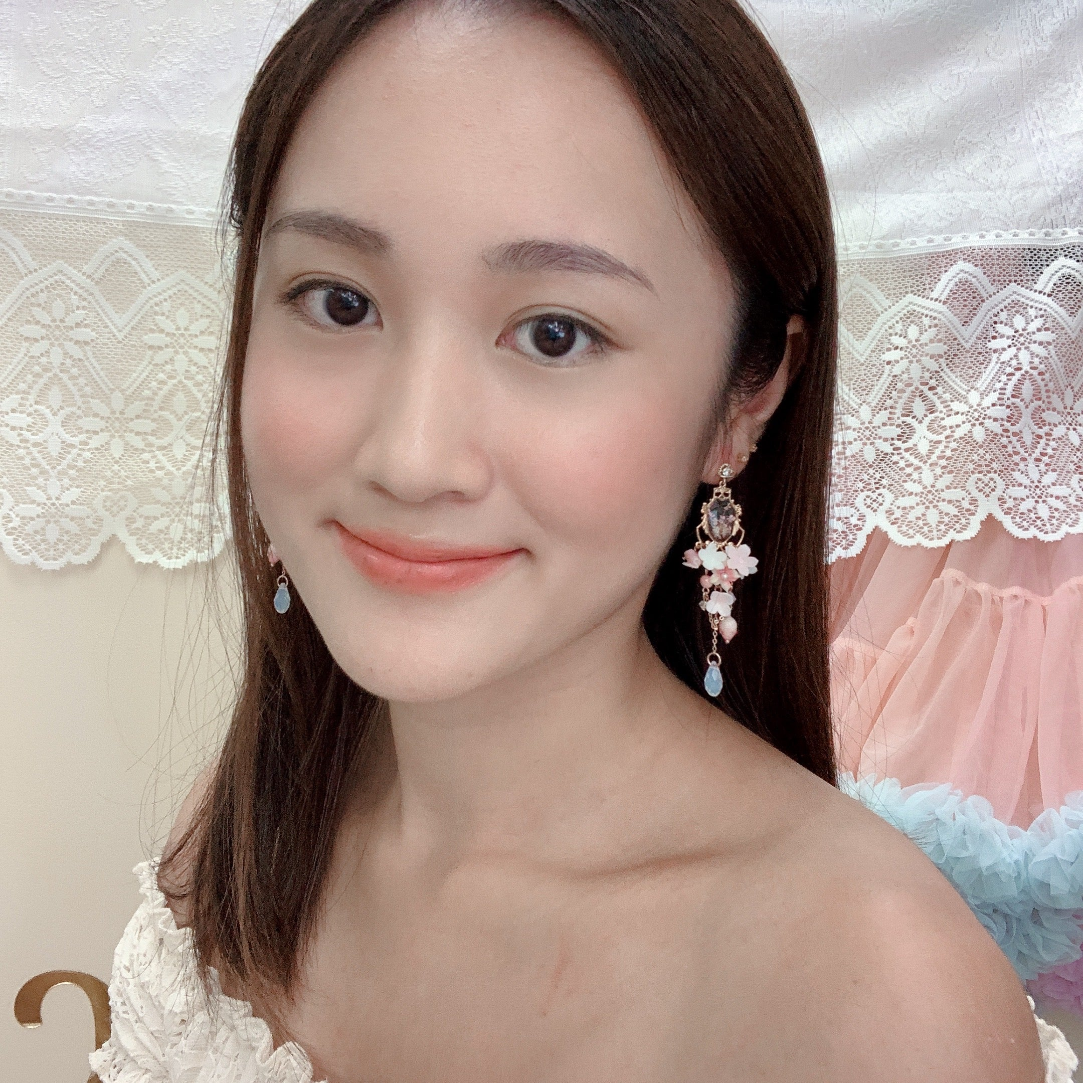 ⑧ Dry Flower Chandelier Earrings (9 Designs)