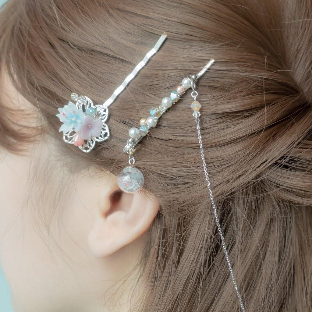 #3 ZODIAC Aries Sakura Hair Clips Set (With detachable silver chain)