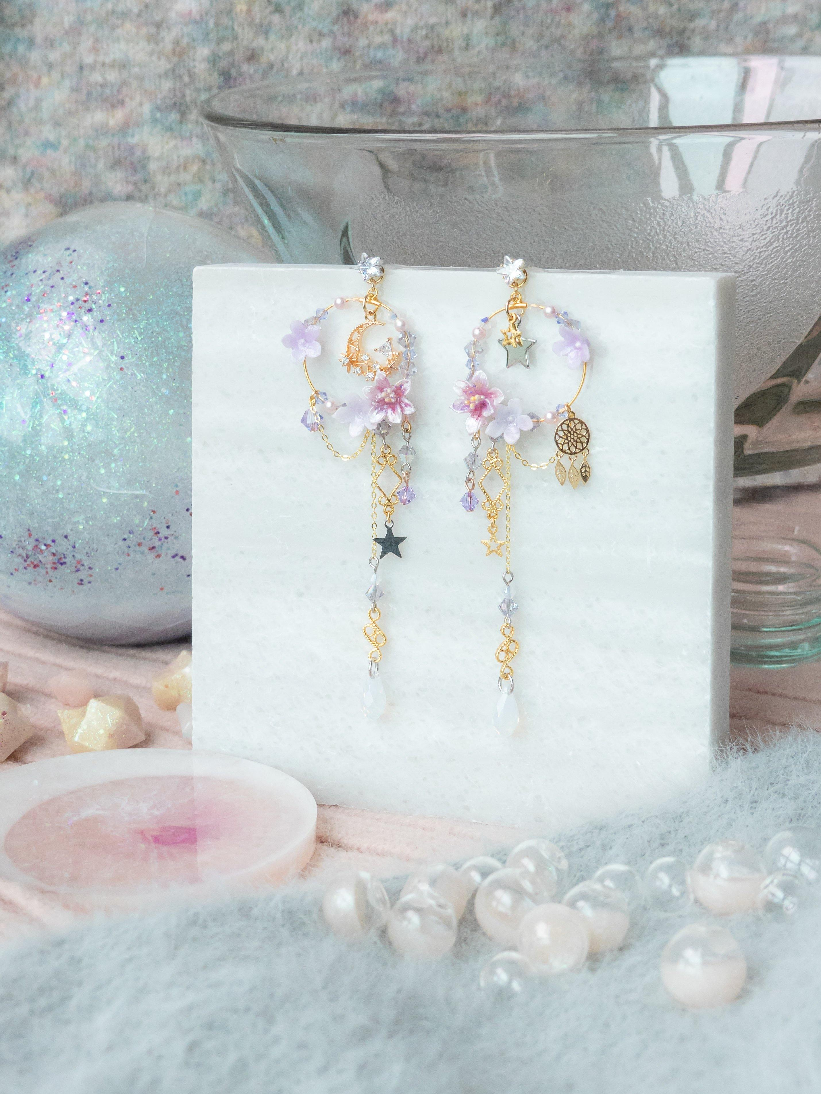 #12 ZODIAC Capricorn Lily by the windows 14K Gold-plated 925 Silver Earrings - Pamycarie Hong Kong
