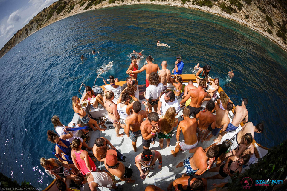 Ibiza Sea Party - Daytime-Mad Ibiza - Boat Party Agency