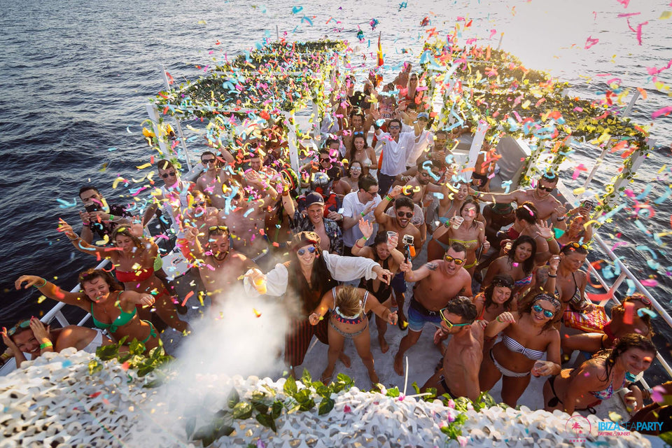 Ibiza Sea Party - Sunset-Mad Ibiza - Boat Party Agency