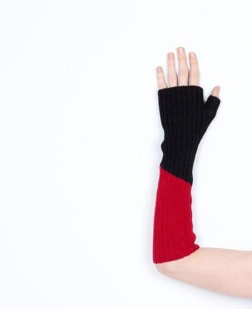 Arm Warmer Baby Alpaca with Thumb | Block | Black and Red