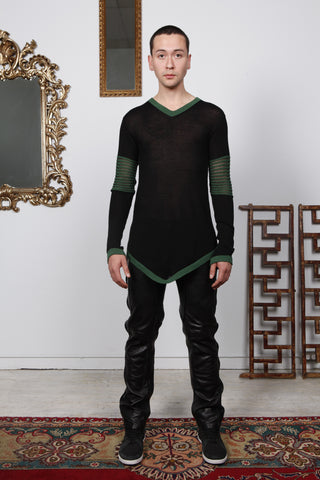 V-Neck Mesh Knit | Black/Green