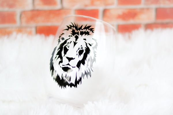 Lion Wine Glass, King, Leo Gift, Safari, Valentines Day, Custom Wine Glass - CCCreationz
