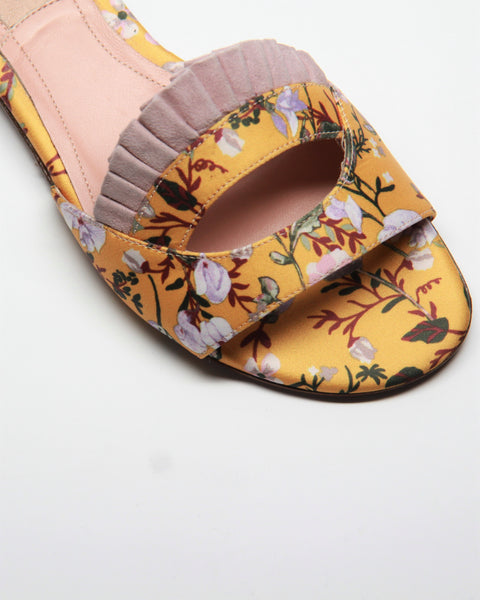 GUILTY PLEATS SLIDE FLAT