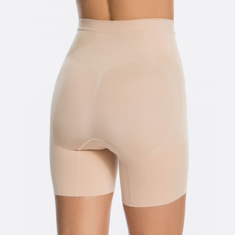 Spanx OnCore Mid-Waist Short Ss6615