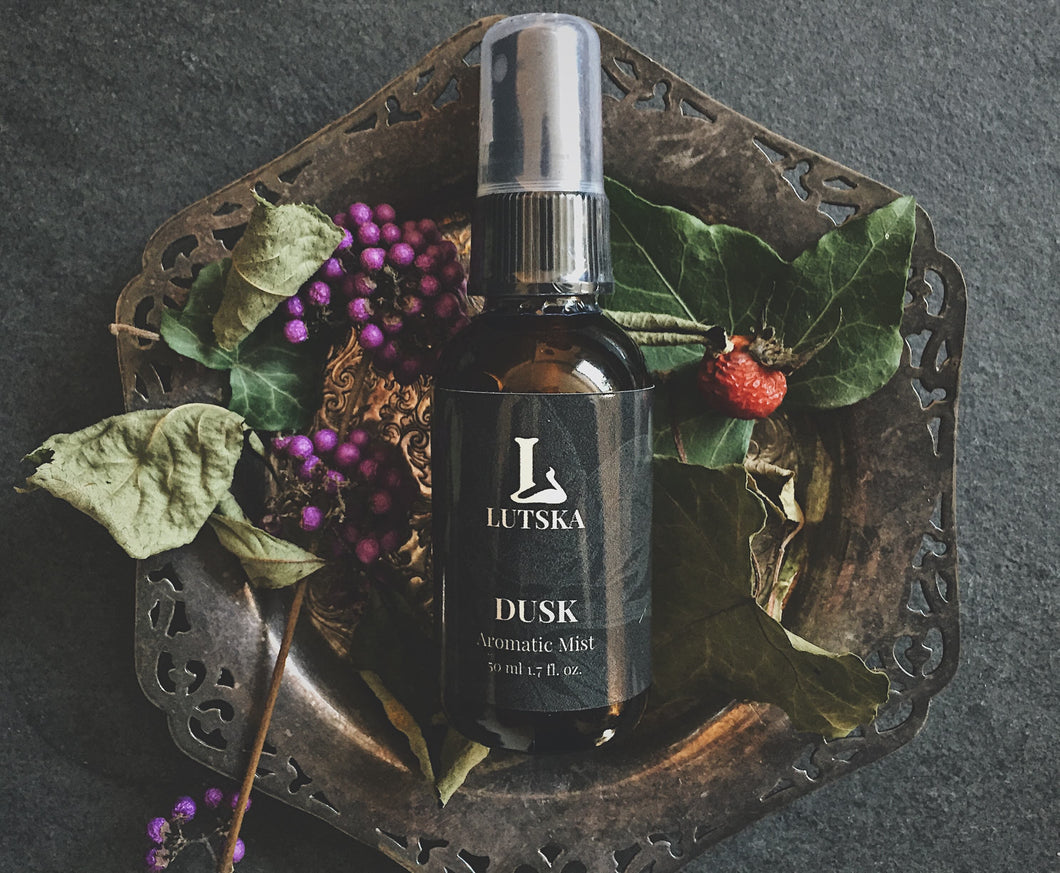 Dusk - Aromatherapy Essential Oil Spray - Made In Canada