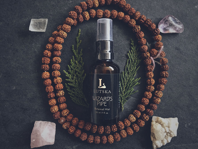 WIZARDS PIPE - Aromatherapy Pillow Mist - Vanilla, Patchouli, Cedarwood, Rosewood, Benzoin, Myrrh, Bay Laurel