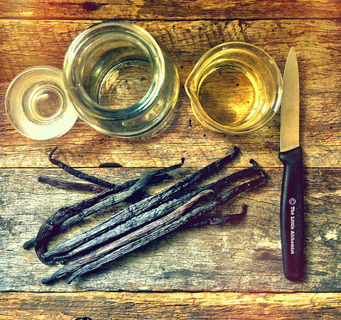 Vanilla Body oil ingredients