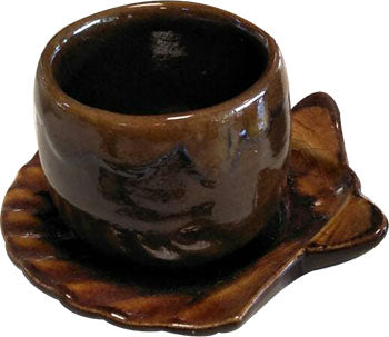 MODERN HAND MADE CERAMIC TWO SHAPE OF BROWN 2 PIECES SET - CUP AND SHELL SAUCER
