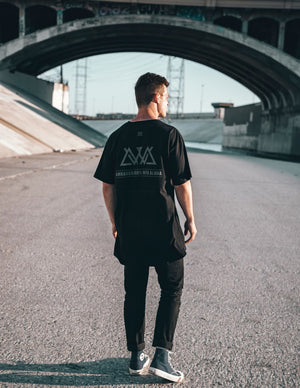 "Black Long Body ""Street Vibes"" Tee"