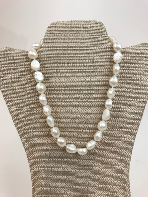 "Baroque pearl 18"" necklace"