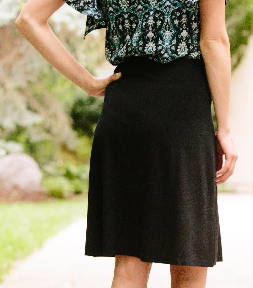 Pleat Front Skirt - Black