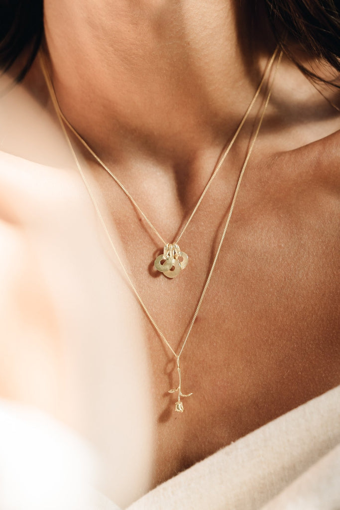 ROSE PENDANT GOLD - Necklaces - Flawed