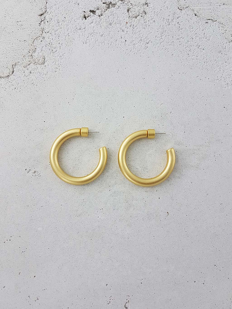 LUISA HOOPS ANTIQUE GOLD